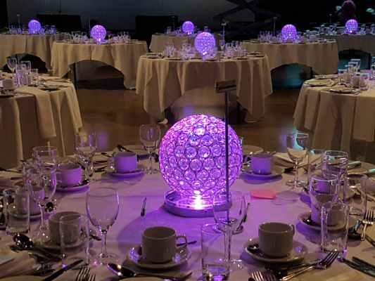 CRYSTAL GLOBE CENTREPIECES